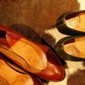出会ってから、革と靴を知ってハマりました。